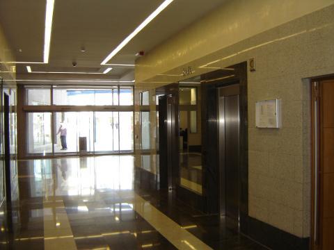Oficina en alquiler en Nervión en Sevilla - 21161103