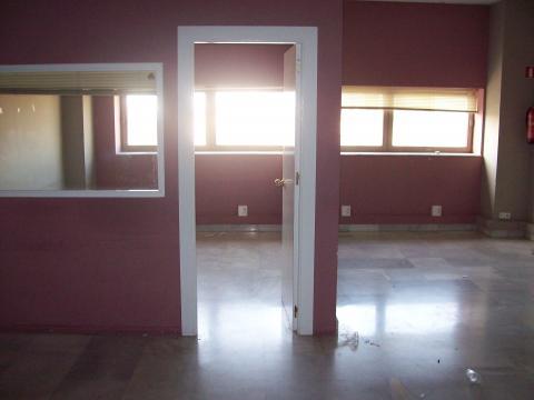 Oficina en alquiler en Nervión en Sevilla - 21422477