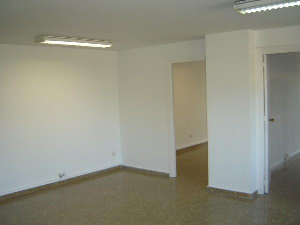 Oficina en alquiler en Casco Antiguo en Sevilla - 14260144