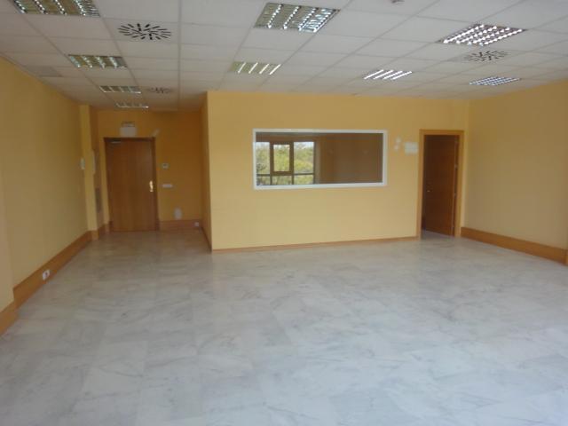 Oficina en alquiler en Macarena Norte  en Sevilla - 57008341