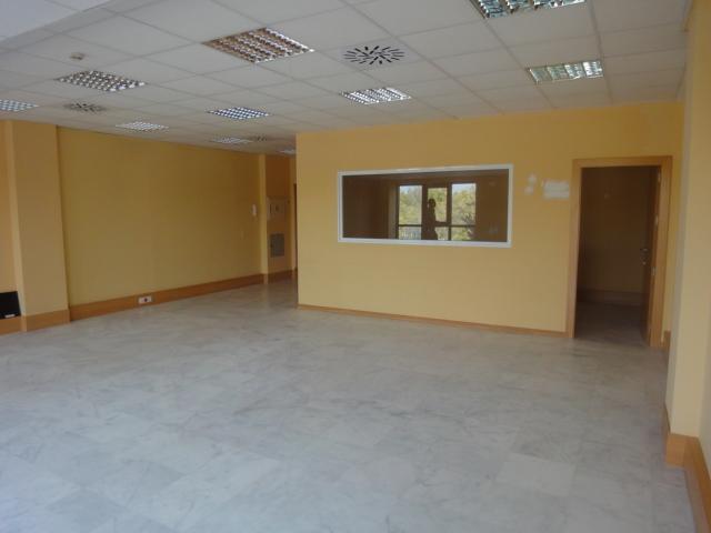 Oficina en alquiler en Macarena Norte  en Sevilla - 57008343