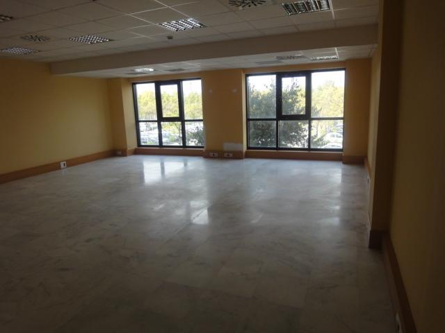 Oficina en alquiler en Macarena Norte  en Sevilla - 57008345