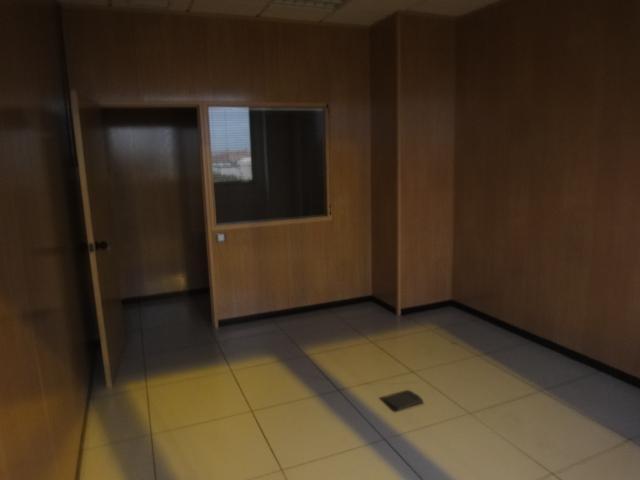 Oficina en alquiler en Los Bermejales en Sevilla - 57105229