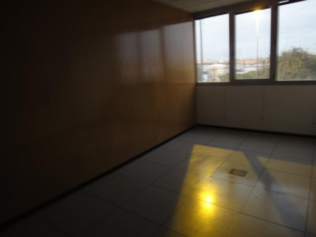 Oficina en alquiler en Los Bermejales en Sevilla - 57105231