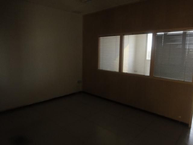 Oficina en alquiler en Los Bermejales en Sevilla - 57105232