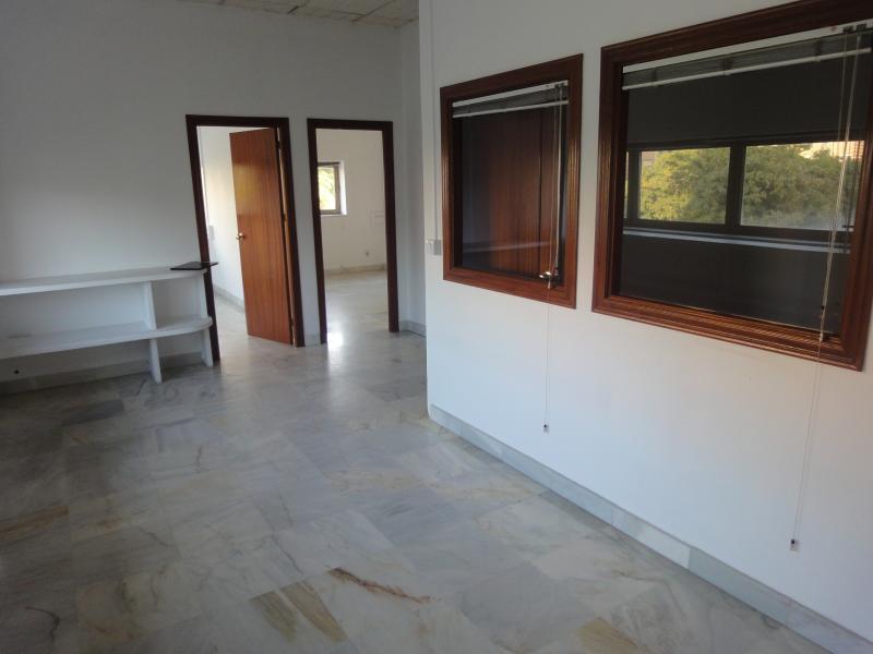 Oficina en alquiler en Nervión en Sevilla - 57105328