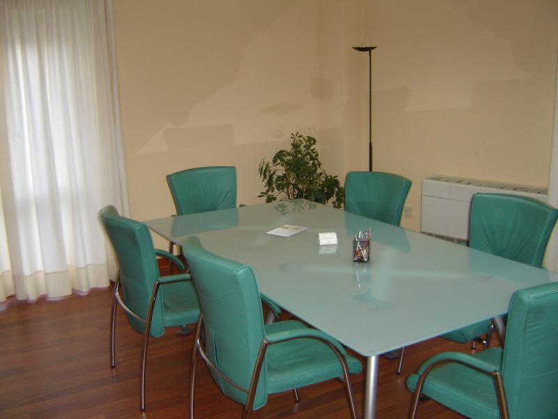 Detalles - Oficina en alquiler en Arenal en Sevilla - 57327440