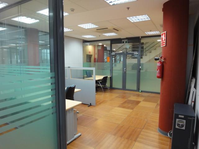Oficina en alquiler en Triana en Sevilla - 57949691