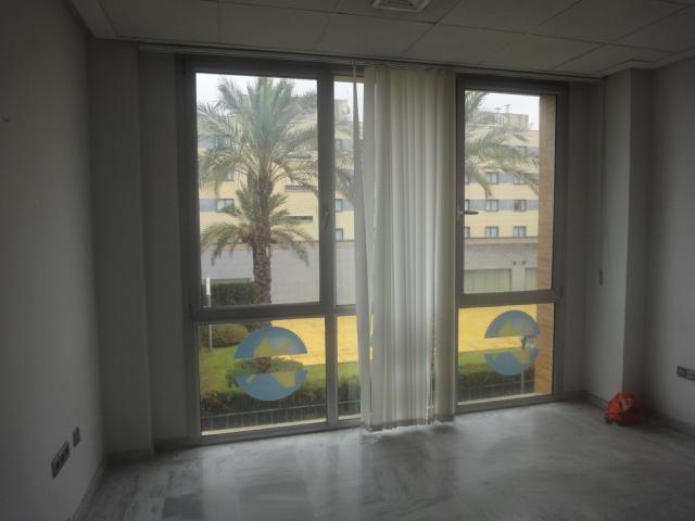 Oficina en alquiler en Este - Alcosa - Torreblanca en Sevilla - 58376125