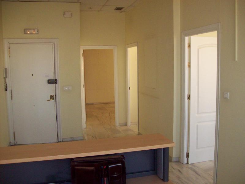 Detalles - Oficina en alquiler en Nervión en Sevilla - 68073078