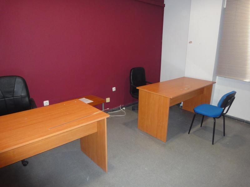Detalles - Oficina en alquiler en Cruz Roja - Capuchinos en Sevilla - 70229645
