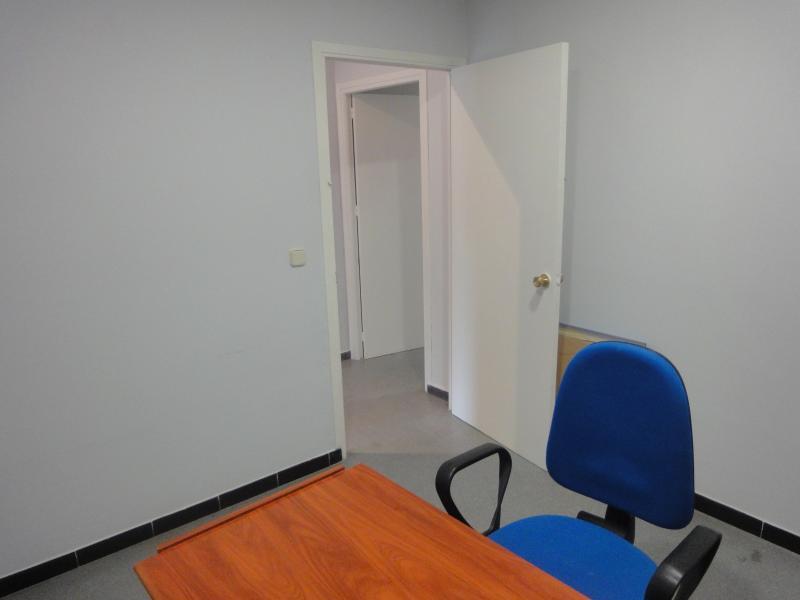 Detalles - Oficina en alquiler en Cruz Roja - Capuchinos en Sevilla - 70229722