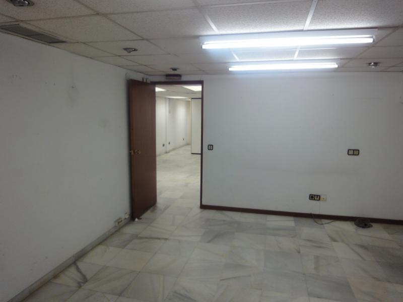 Detalles - Oficina en alquiler en Casco Antiguo en Sevilla - 70230387