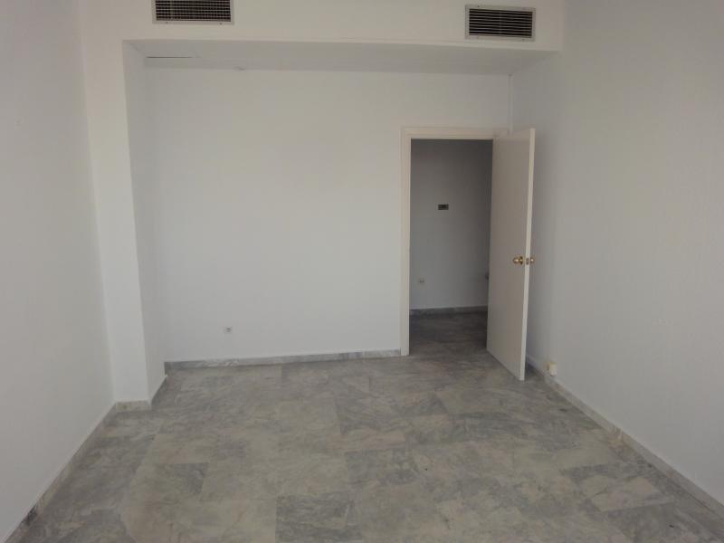 Detalles - Oficina en alquiler en Nervión en Sevilla - 72124988
