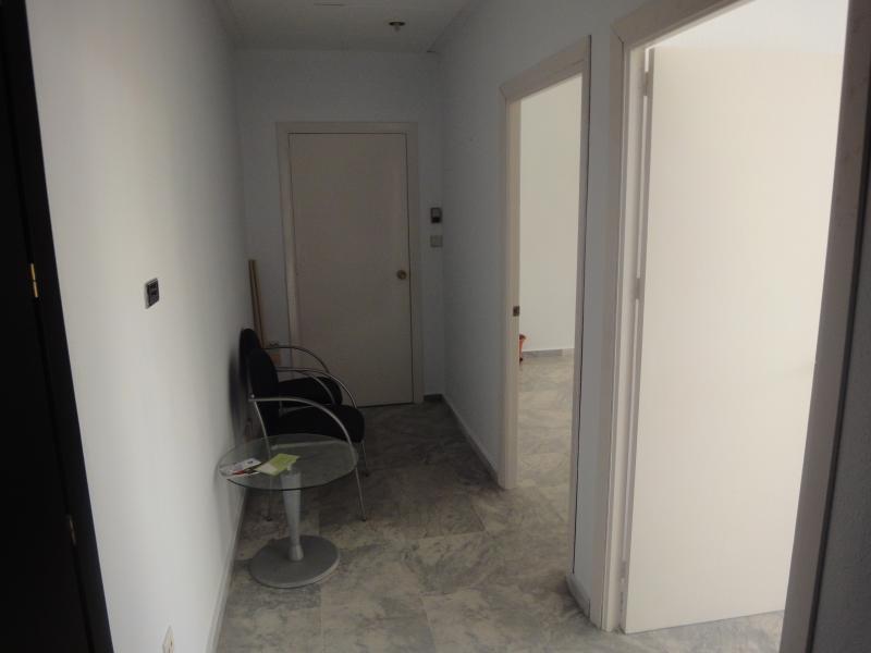Detalles - Oficina en alquiler en Nervión en Sevilla - 72124997