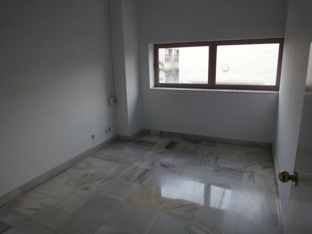 Detalles - Oficina en alquiler en Nervión en Sevilla - 87552652
