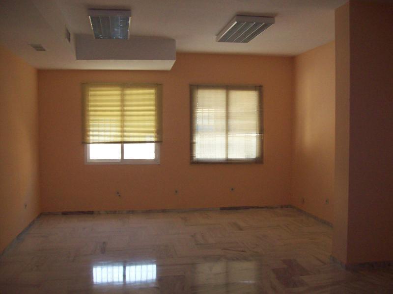 Detalles - Oficina en alquiler en Nervión en Sevilla - 89967512