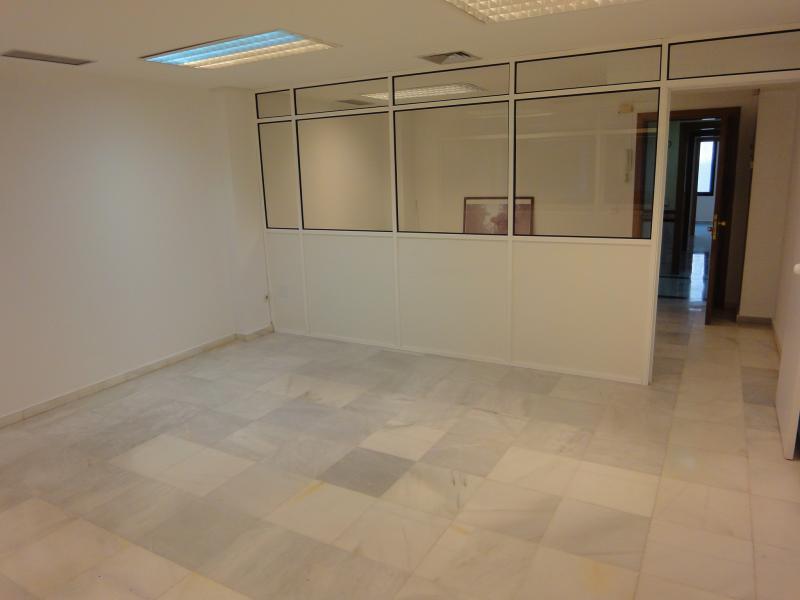 Detalles - Oficina en alquiler en Casco Antiguo en Sevilla - 105886904