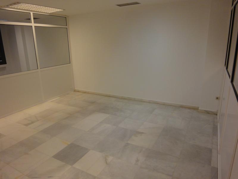 Detalles - Oficina en alquiler en Casco Antiguo en Sevilla - 105886908