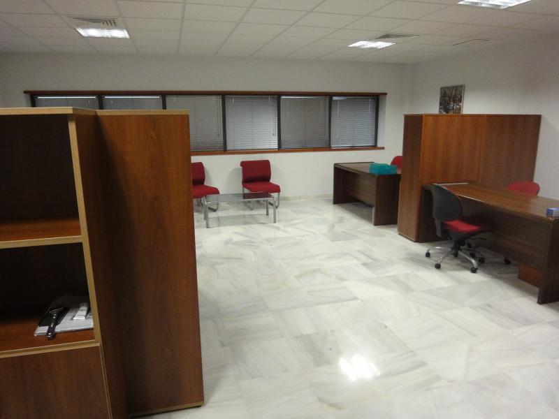 Detalles - Oficina en alquiler en Dos Hermanas - 116754888