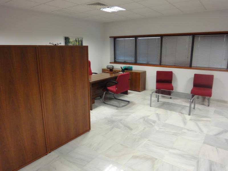 Detalles - Oficina en alquiler en Dos Hermanas - 116754889
