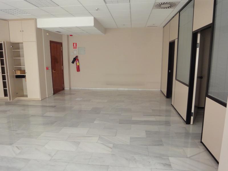 Detalles - Oficina en alquiler en Nervión en Sevilla - 120080483