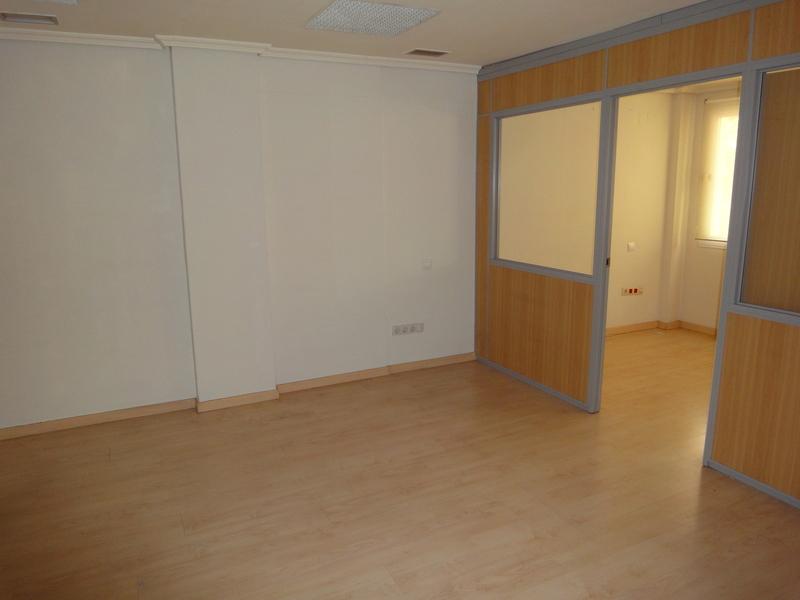 Detalles - Oficina en alquiler en Nervión en Sevilla - 120257742