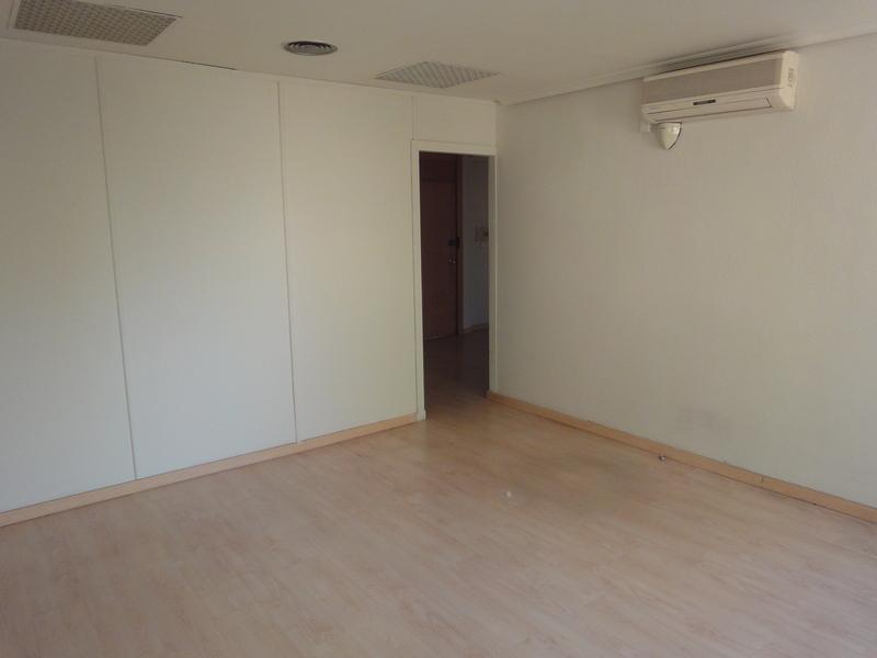 Detalles - Oficina en alquiler en Nervión en Sevilla - 120257801