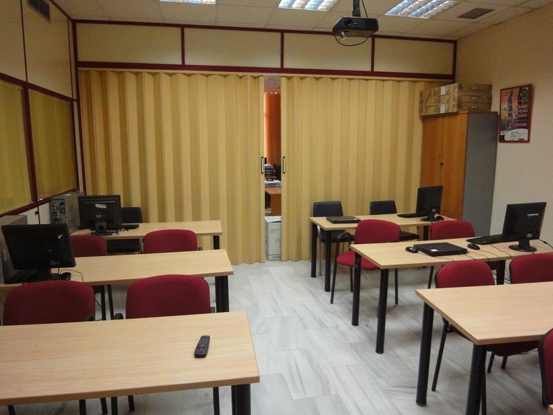 Detalles - Oficina en alquiler en Nervión en Sevilla - 120330109