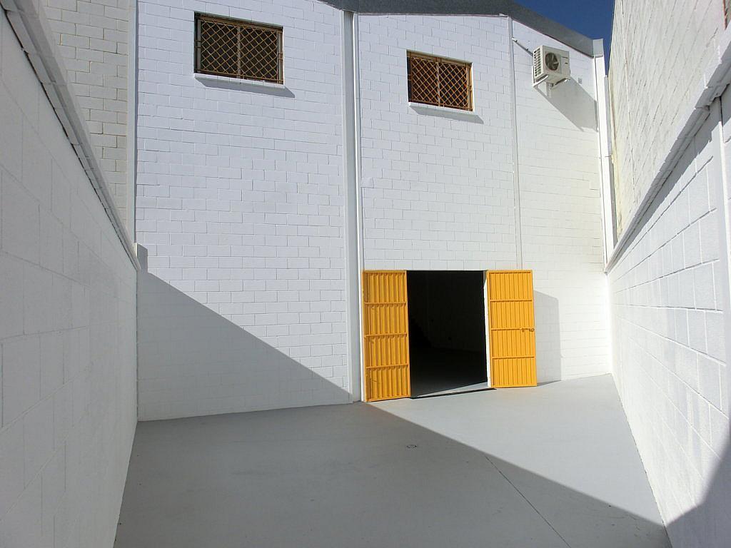Nave en alquiler en Montequinto en Dos Hermanas - 128886711