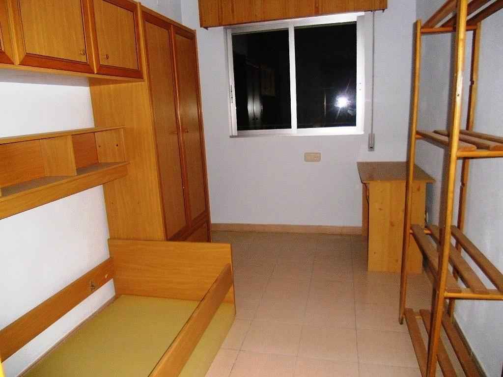 Dormitorio - Piso en alquiler en Hospital en Albacete - 248095486