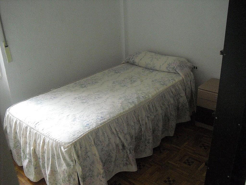 Piso en alquiler en calle Teodoro Camino, Centro en Albacete - 269052402