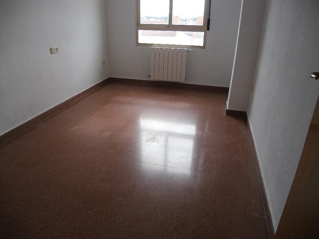 Dormitorio - Piso en alquiler en calle Carmen de Burgos, Universidad en Albacete - 314914920
