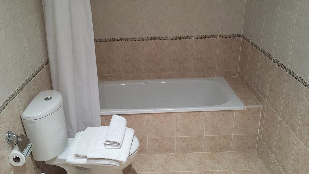 Baño - Ático-dúplex en alquiler de temporada en calle Ermita Nova, Godella - 331321511