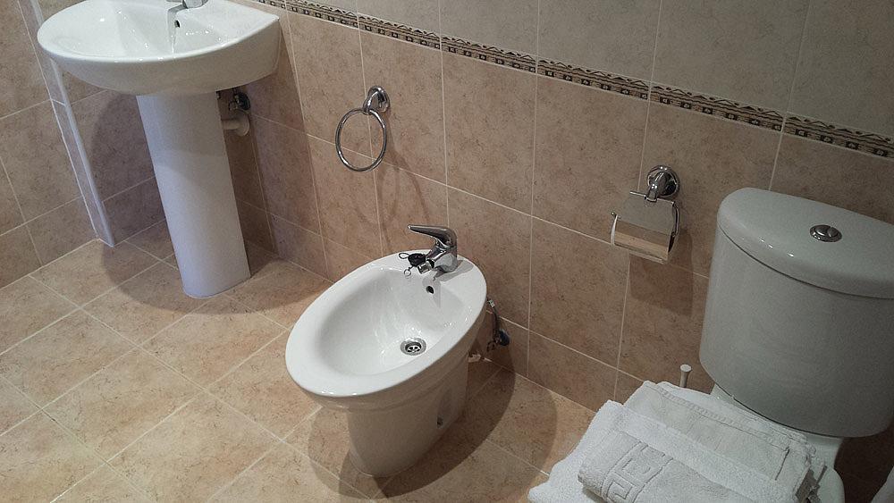 Baño - Ático-dúplex en alquiler de temporada en calle Ermita Nova, Godella - 331321512