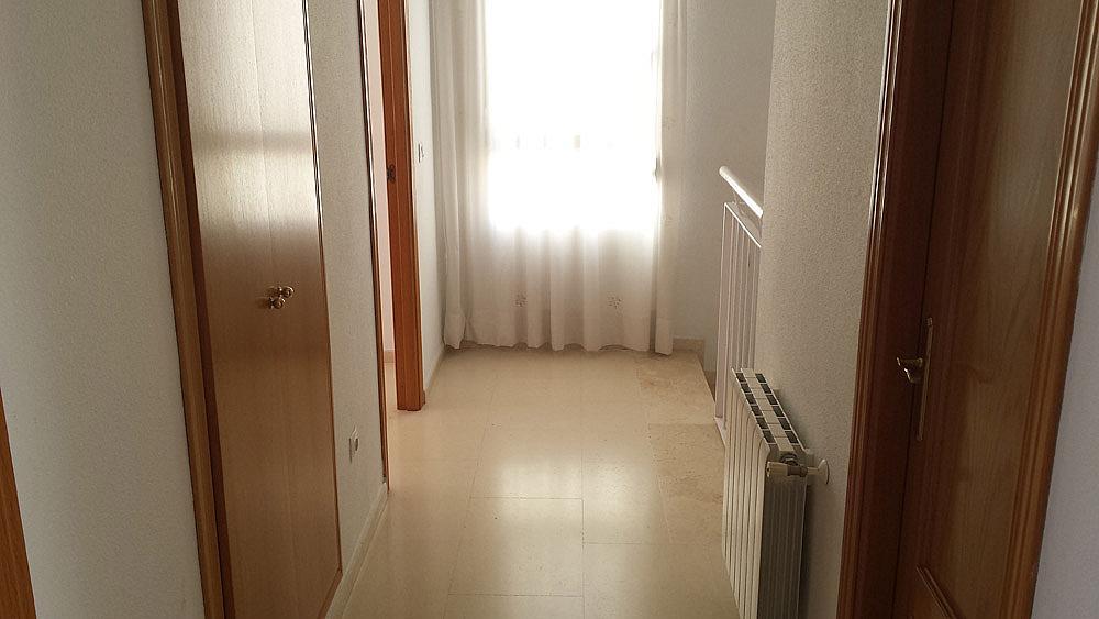 Vestíbulo - Ático-dúplex en alquiler de temporada en calle Ermita Nova, Godella - 331321536