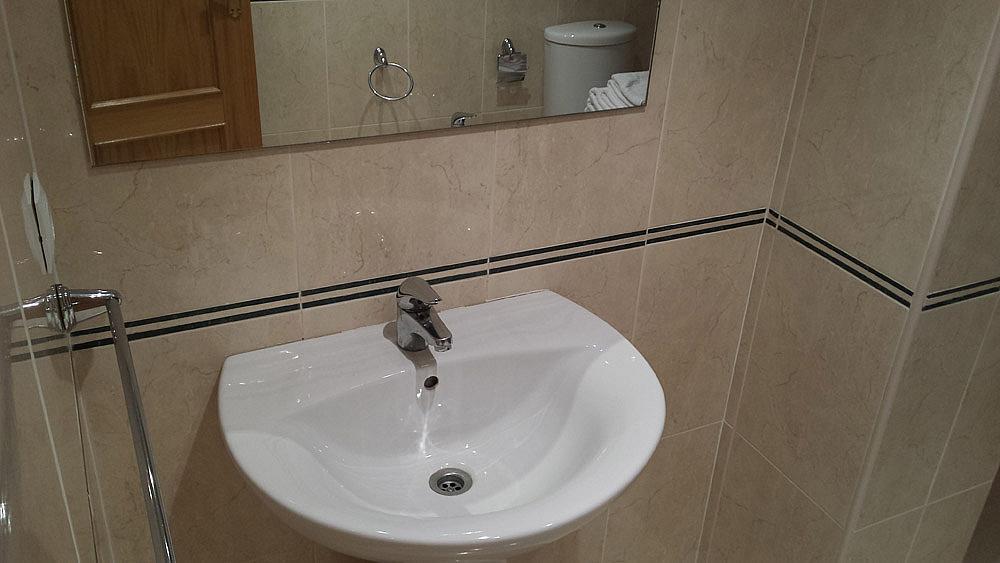 Baño - Ático-dúplex en alquiler de temporada en calle Ermita Nova, Godella - 331321541