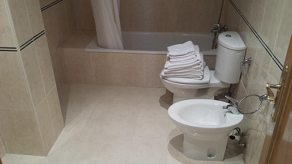 Baño - Ático-dúplex en alquiler de temporada en calle Ermita Nova, Godella - 331321542