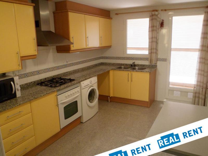 Cocina - Apartamento en alquiler de temporada en calle Ermita Nova, Campo Olivar - 89959912
