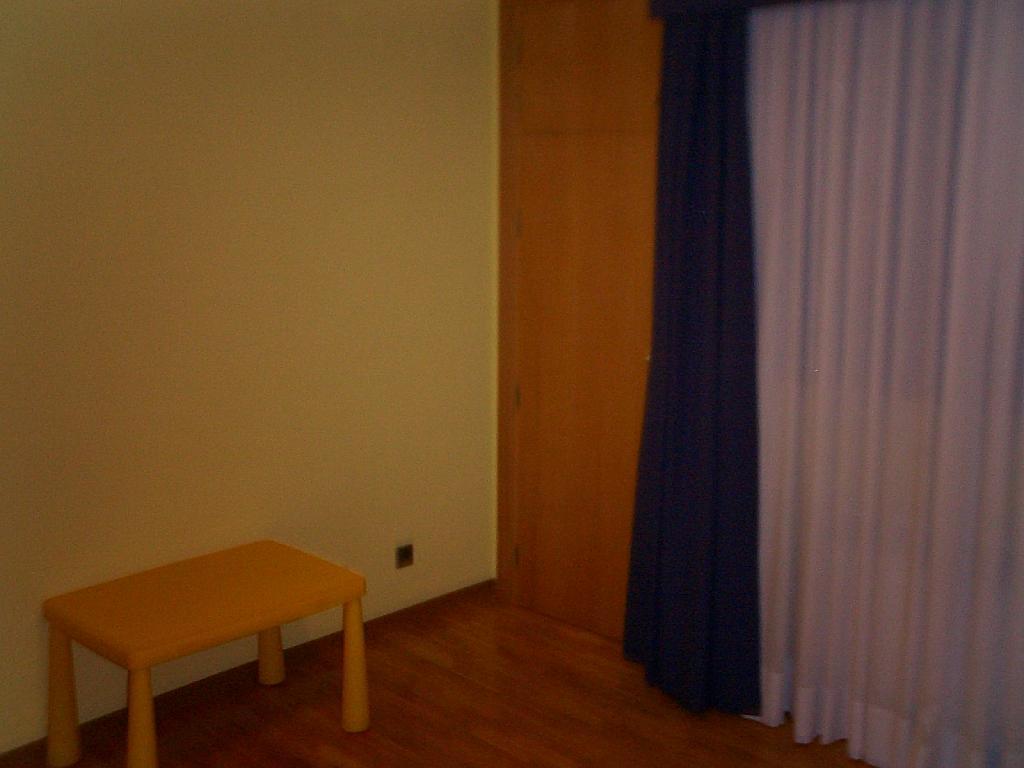 Dormitorio - Piso en alquiler en calle De Europa, Vista Alegre - 304848266
