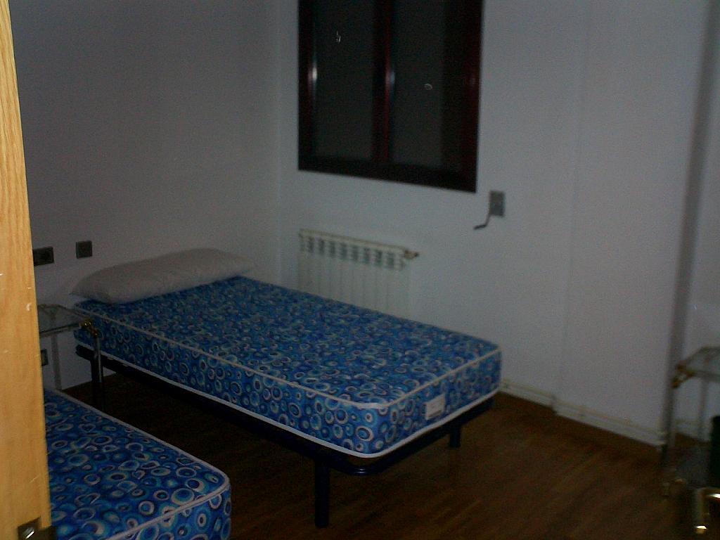 Dormitorio - Piso en alquiler en calle De Europa, Vista Alegre - 304848272