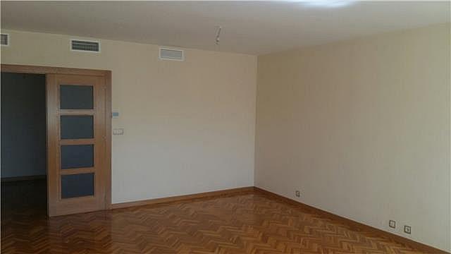 Salón - Piso en alquiler en calle Santa Isabel, La Catedral en Murcia - 323944258