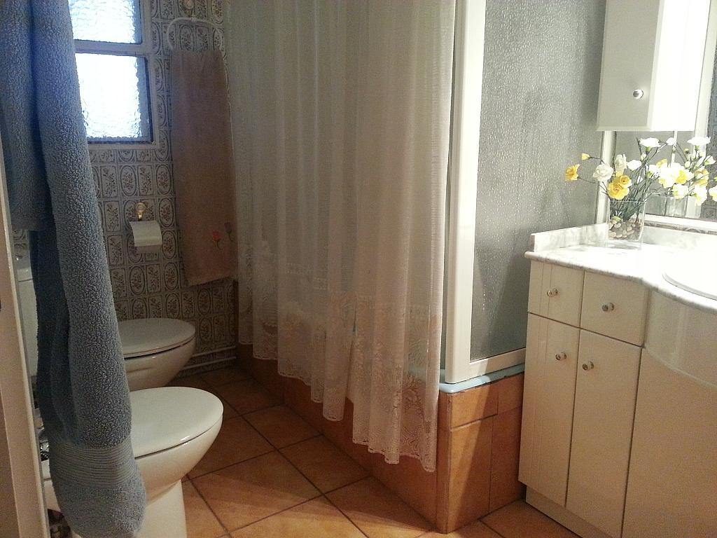 Baño - Chalet en alquiler en calle Mirasierra, Alberca, La - 325262746