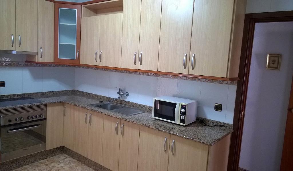 Piso en alquiler en Cartagena - 326252808