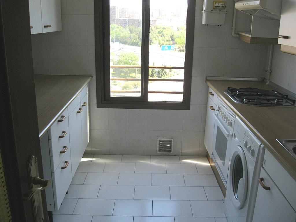 Cocina - Piso en alquiler en calle Federico Moreno Torroba, Pacífico en Madrid - 278573182