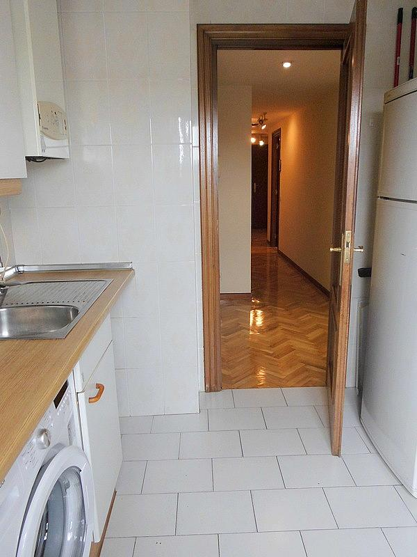 Cocina - Piso en alquiler en calle Federico Moreno Torroba, Pacífico en Madrid - 280656812