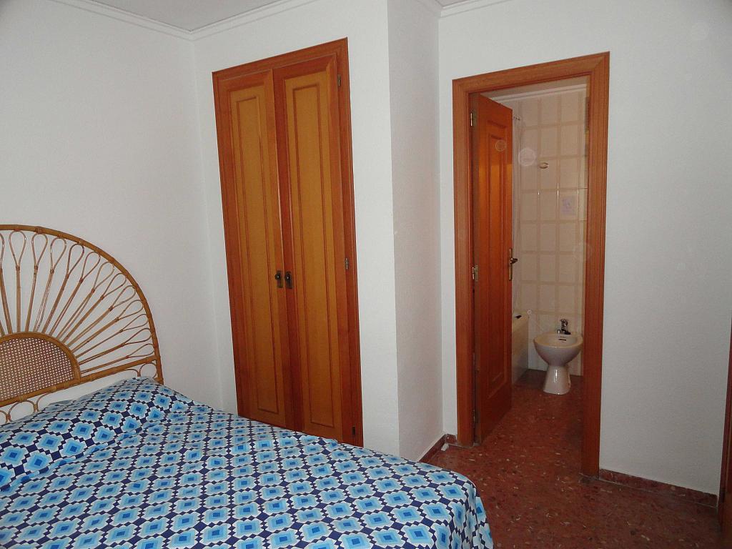 Dormitorio - Piso en alquiler en calle Devesa, Playa de Gandia en Gandia - 138243313