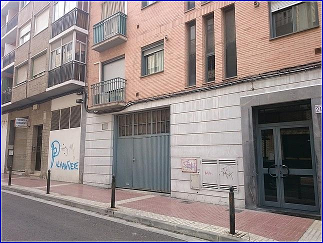 Local comercial en alquiler en calle Germana de Foix, Arrabal en Zaragoza - 322532346
