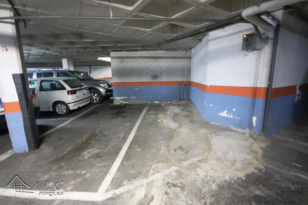 3 - Garaje en alquiler en calle Industria, Camp de l´Arpa en Barcelona - 316601005