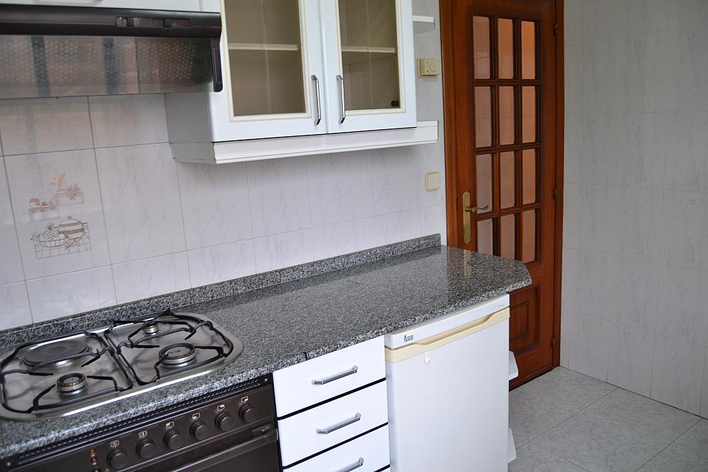 Piso en alquiler en calle Fontenova, Laracha (A) - 264427432